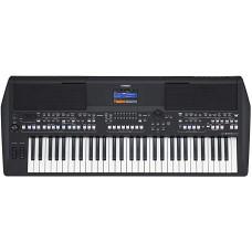 Yamaha PSR-SX600 Arranger Digital Workstation keyboard